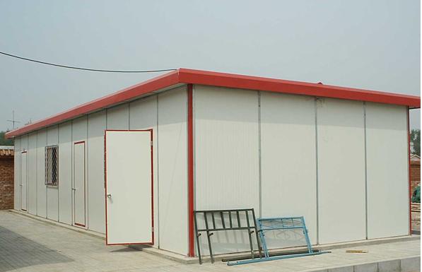 单层T式平顶房